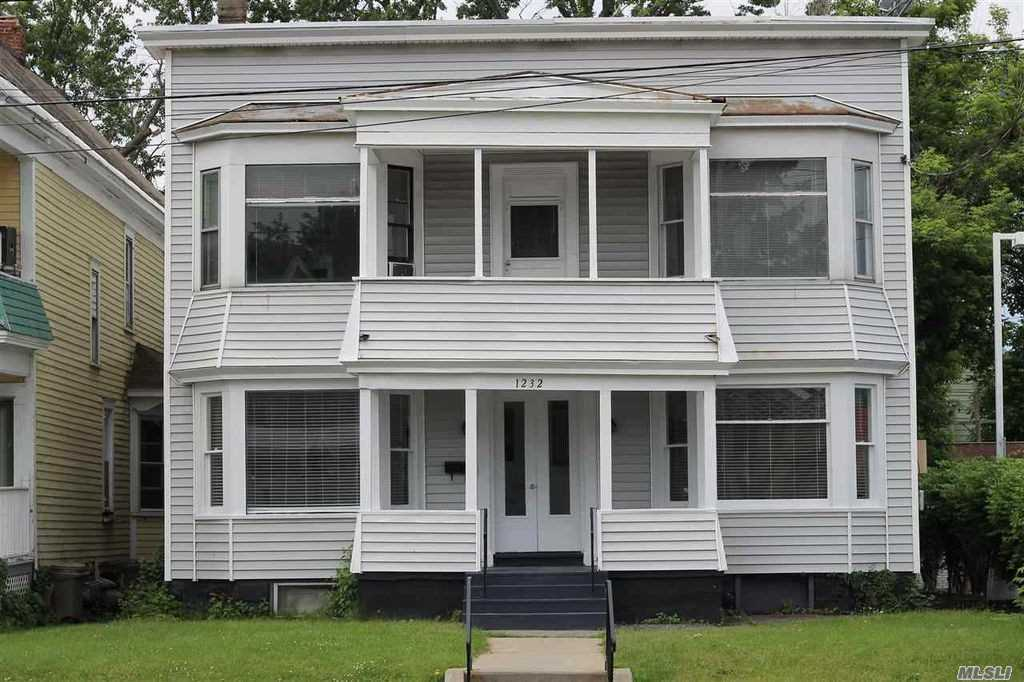 1232 State St, Out Of Area Town, NY 12304