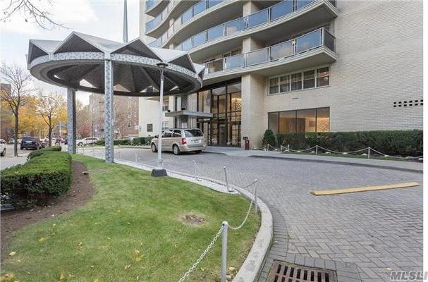 66-36 Yellowstone Blvd #14c, Forest Hills, NY 11375
