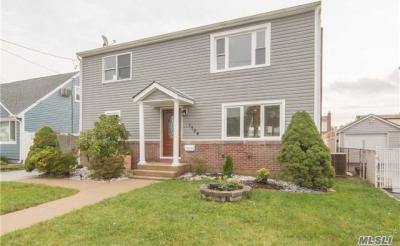 Photo of 1784 Albermarle Ave, East Meadow, NY 11554