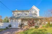 125 Commonwealth Dr, Wyandanch, NY 11798