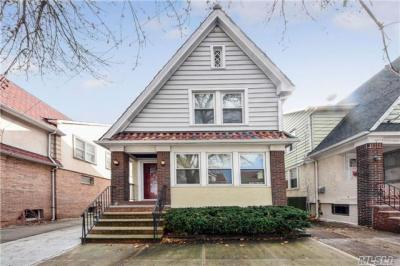 Photo of 88-58 81st Ave, Glendale, NY 11385
