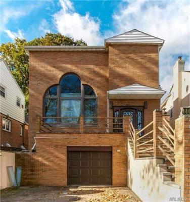 Photo of 80-76 Tryon Pl, Jamaica Estates, NY 11432