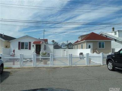10/12 Church St, Howard Beach, NY 11414