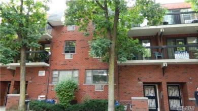 71-06 Sutton Pl #2fl, Fresh Meadows, NY 11365