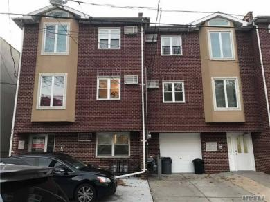 57-28 164th St, Fresh Meadows, NY 11365