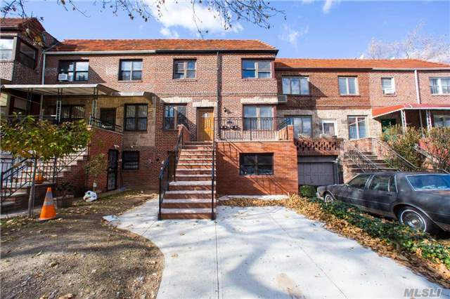 72-32 Yellowstone Blvd, Forest Hills, NY 11375