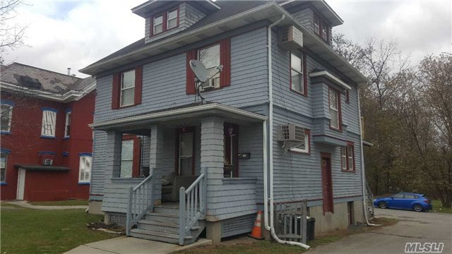 98 Acadedmy Ave Ave, Out Of Area Town, NY 10940