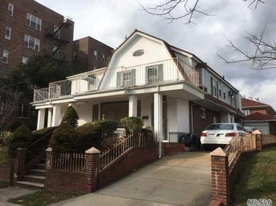 108-15 68th Dr, Forest Hills, NY 11375