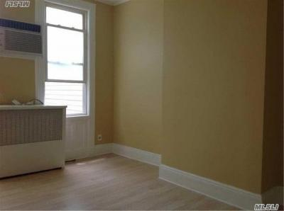 Photo of 77-13 79 Pl #2, Glendale, NY 11385