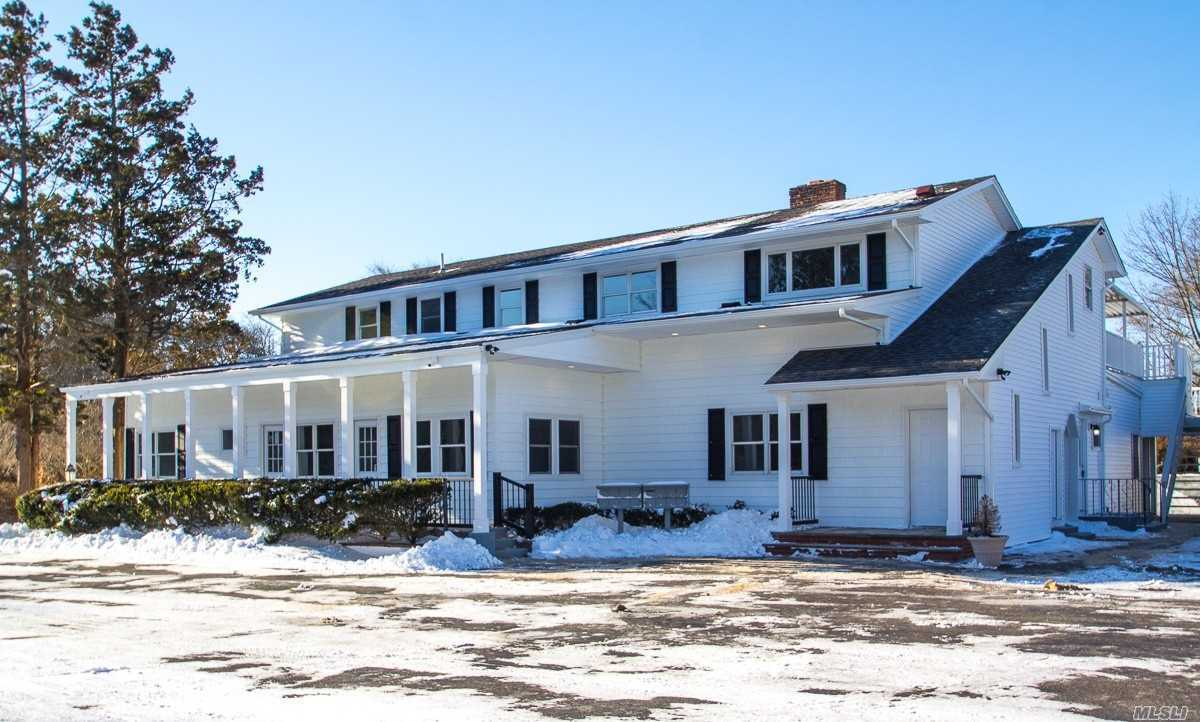 167 Middle Rd #8, Blue Point, NY 11715