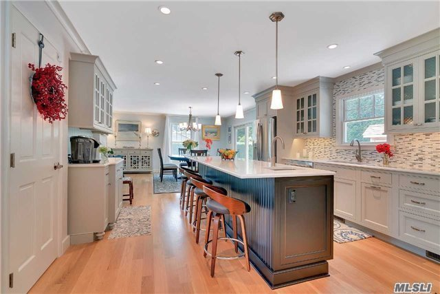 11 Stratton Sq, East Hampton, NY 11937