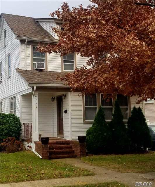 9515 238th St, Floral Park, NY 11001