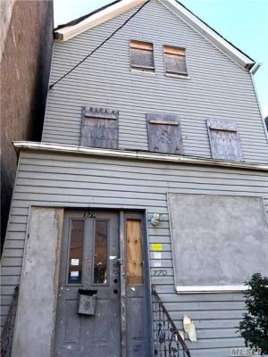 Photo of 770 E 175th St, Out Of Area Town, NY 10460