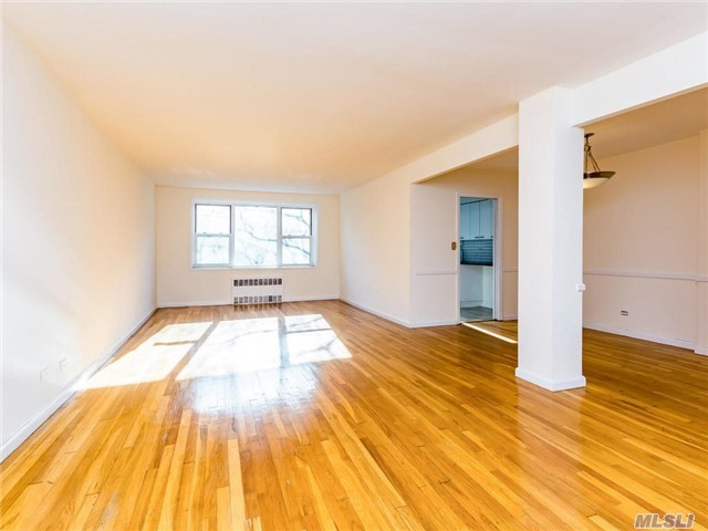 525 W 236 St #3c, Out Of Area Town, NY 10463