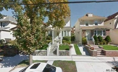72-25 Kessel St, Forest Hills, NY 11375