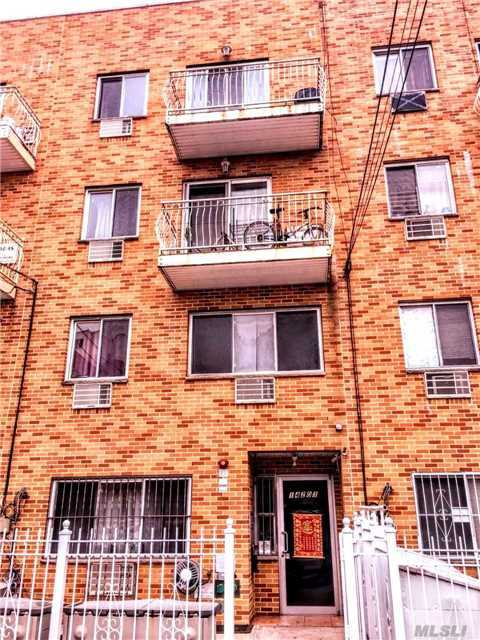 142-03 Cherry Ave, Flushing, NY 11355