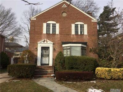 Photo of 110-23 67dr, Forest Hills, NY 11375