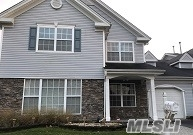 Photo of 6 Tracie Ln, Middle Island, NY 11953