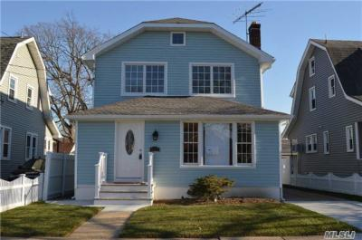 Photo of 131 N Cottage St, Valley Stream, NY 11580