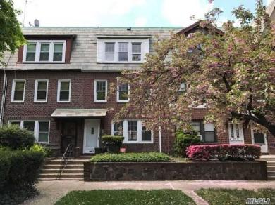 99-15 Ascan Ave #2, Forest Hills, NY 11375