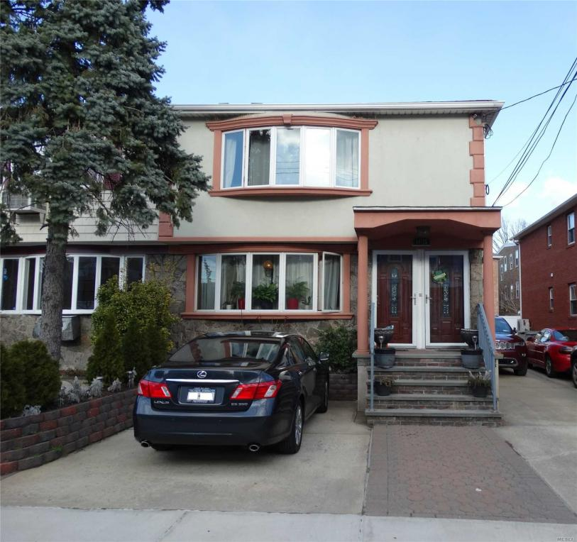 14-15 116th St, College Point, NY 11356