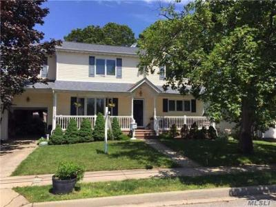 Photo of 349 Clive Ave, Oceanside, NY 11572