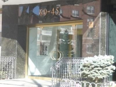 Photo of 69-45 108 St #9h, Forest Hills, NY 11375