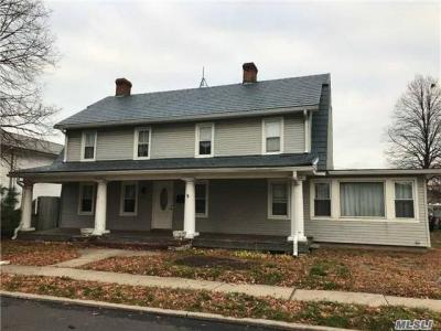 Photo of 250 Jerusalem Ave, Levittown, NY 11756