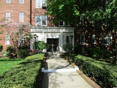 Photo of 68-63 108th Street #6m, Forest Hills, NY 11375