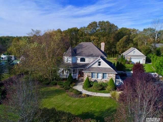 38 Meadow Ct, Wading River, NY 11792