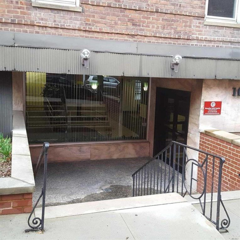 102-55 67 Dr #Lc, Forest Hills, NY 11375