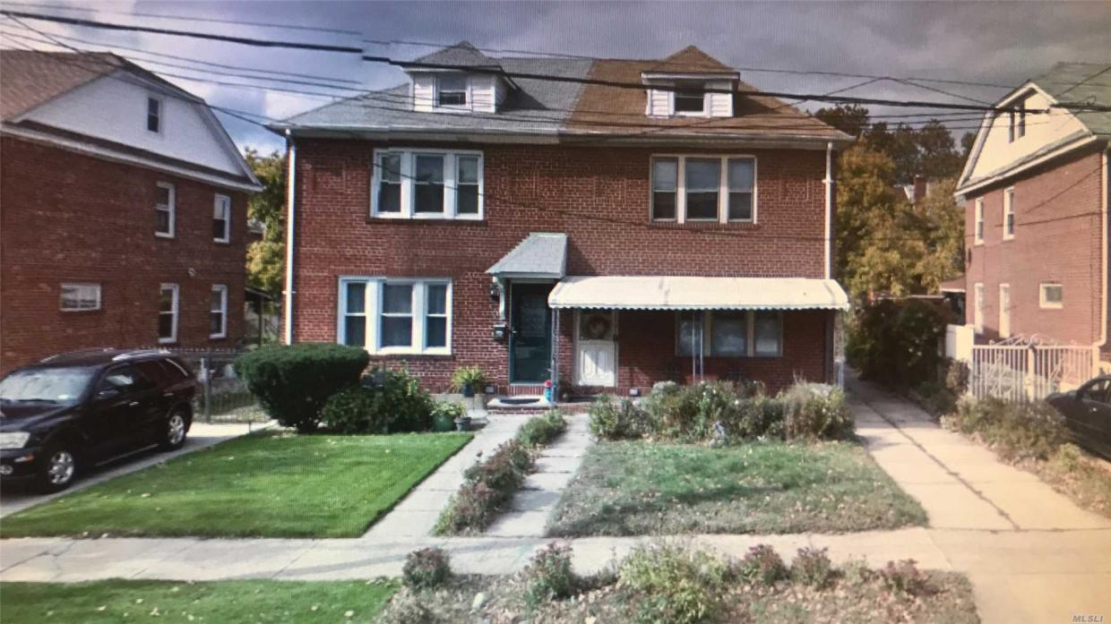 116-12 223rd St, Cambria Heights, NY 11411