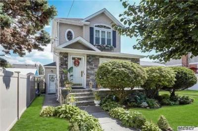 Photo of 1335 135 St, College Point, NY 11356