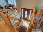 2945 Hampton Ct, Wantagh, NY 11793 photo 5