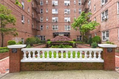 67-12 Yellowstone Blvd #G18, Forest Hills, NY 11375