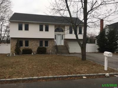 Photo of 3 Reno Pl, W Babylon, NY 11704