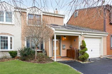 44 Marc Ct, Bay Shore, NY 11706