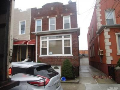 Photo of 78-18 68th Rd, Middle Village, NY 11379