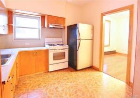 60-54 Linden St #1, Ridgewood, NY 11385