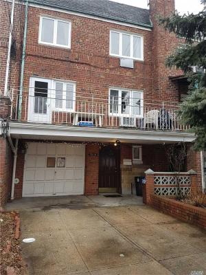 Photo of 74-14 Caldwell Ave, Middle Village, NY 11379
