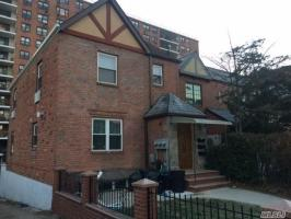 66-46 Wetherole St #2nd Fl, Rego Park, NY 11374