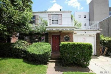108-14 67 Ave, Forest Hills, NY 11375