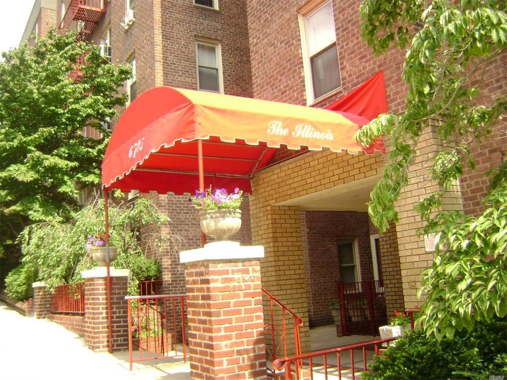 67-25 Clyde St #4h, Forest Hills, NY 11375