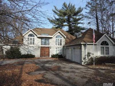 Photo of 173 Middle Neck Rd, Sands Point, NY 11050