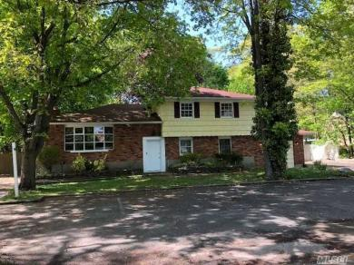 109 Echo Ave, Miller Place, NY 11764