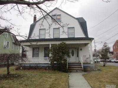 Photo of 78 Maple Ave, Patchogue, NY 11772
