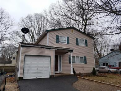 44 Patchogue Ave, Mastic, NY 11950