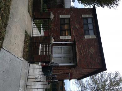 6-11 127th St #2nd Fl, College Point, NY 11356