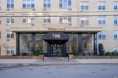 700 Shore Rd #2s, Long Beach, NY 11561