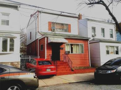 91-29 81st St, Woodhaven, NY 11421